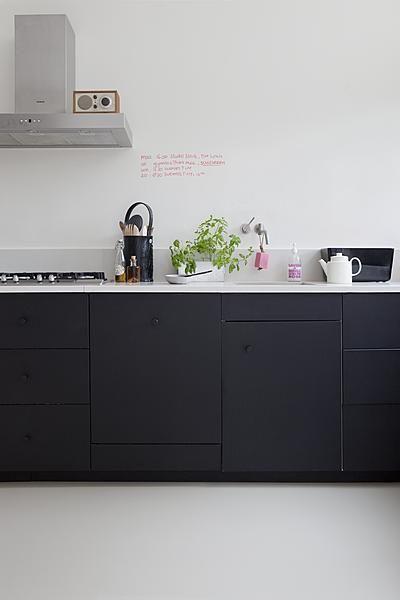 10x-mooie-zwarte-keukens-7