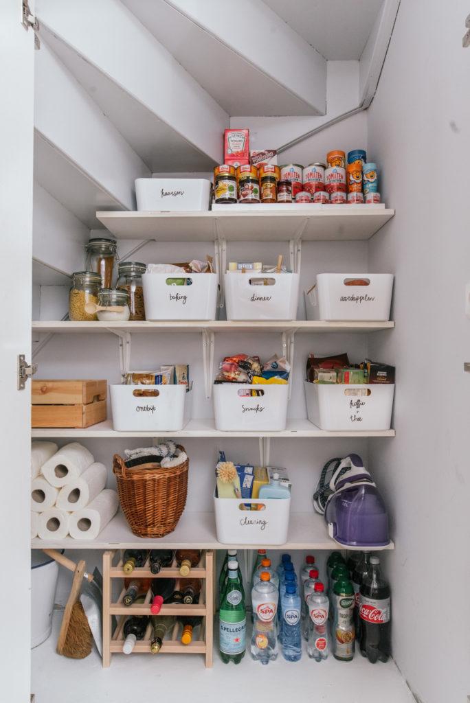30x Ikea keuken -Voorraadkast opruimen