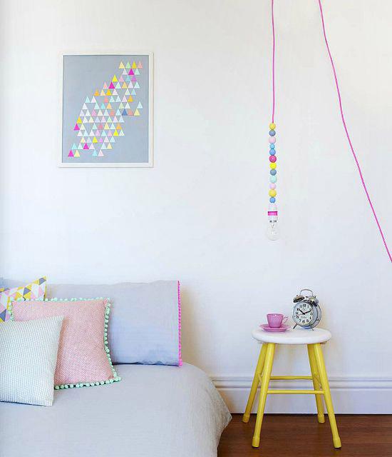 6x kinderkamers met veel kleur wooninspiratie for Kleur kinderkamer
