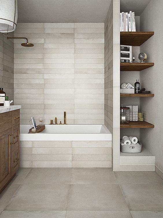 Badkamers met voorbeelden plankjes
