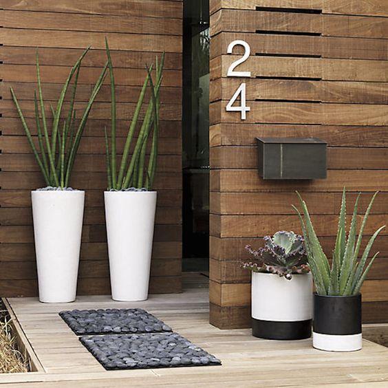 Voortuin ideeën Planten in potten