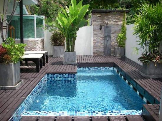 Zwembad in de achtertuin wooninspiratie - Piscinas pequenas para jardin ...