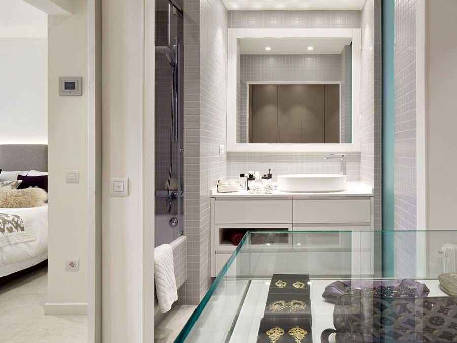 badkamer ensuite met inloopkast