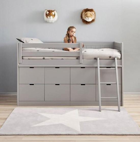 Bed met opbergruimte voor de kinderkamer