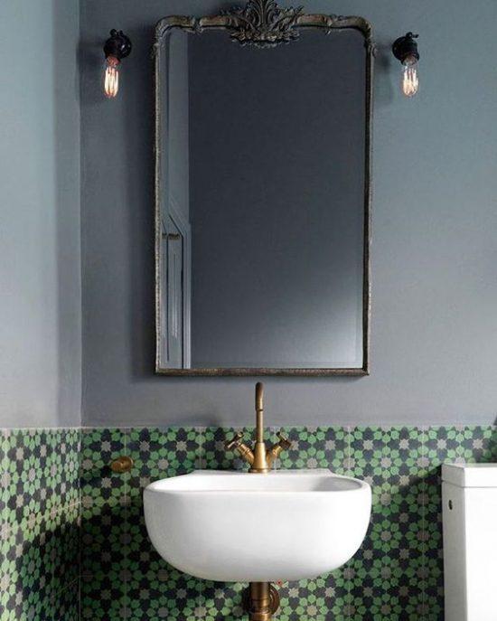 Bijzondere tegels in de badkamer