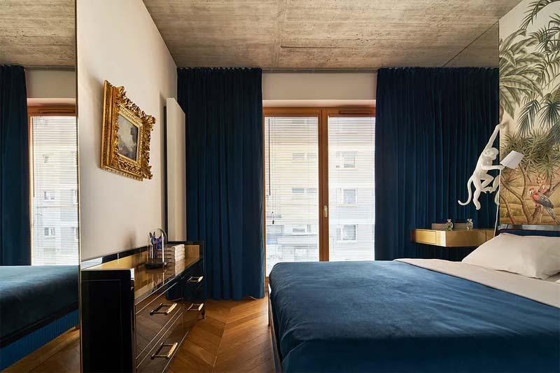 chic klassiek interieur fluwelen blauw behang