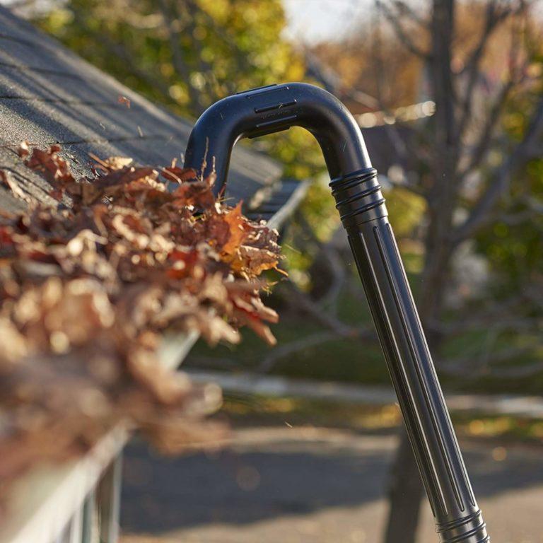 dakgoot schoonmaken bladeren