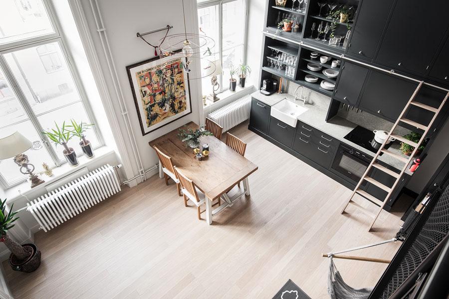 Deze mooie keuken is bijna vier meter hoog!