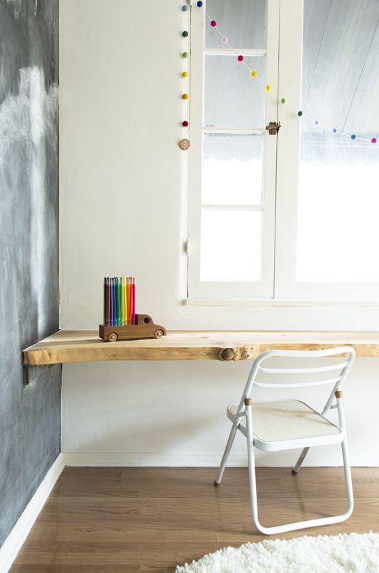 DIY wandbureau