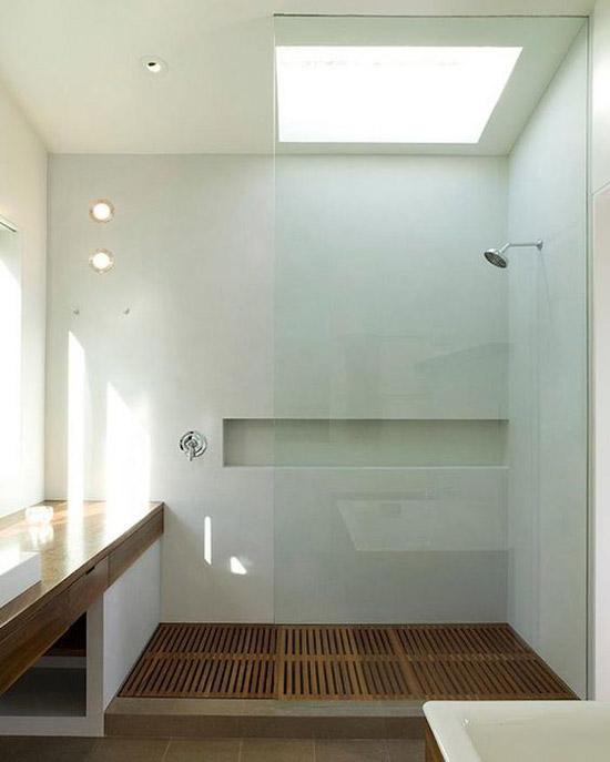 Douchewand tot aan het plafond