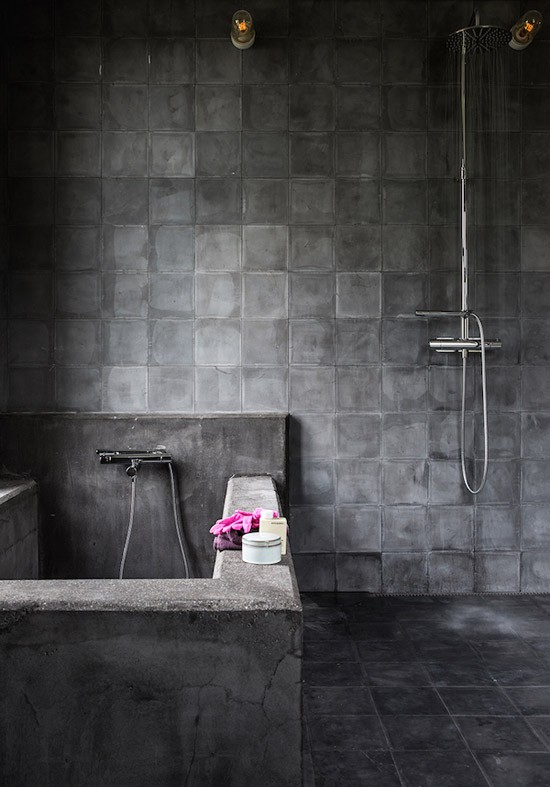 Een donkere droom badkamer