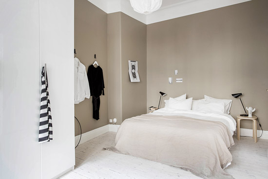 een kalme slaapkamer inrichting