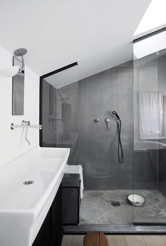 Gestucte muren in de badkamer