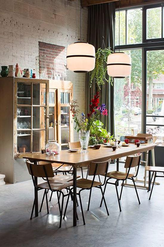 Gezellig tafelen wooninspiratie - Table a manger pour studio ...
