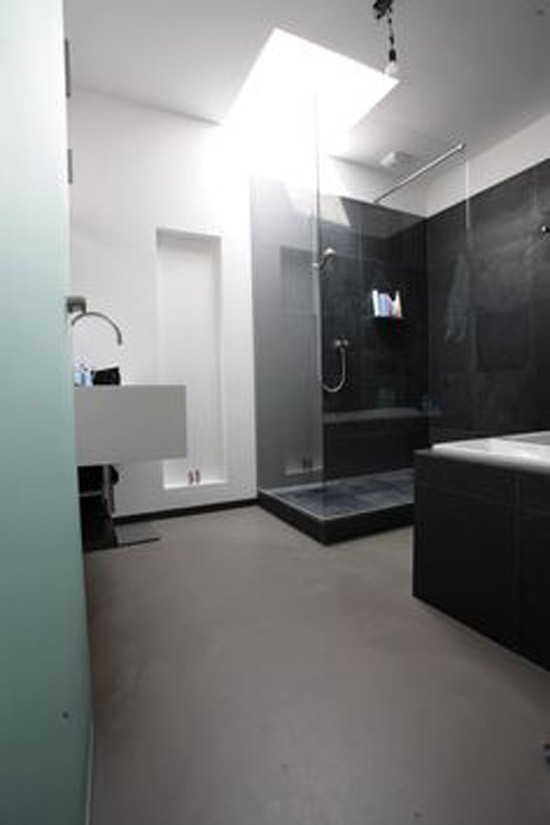Gietvloer in de badkamer | Wooninspiratie