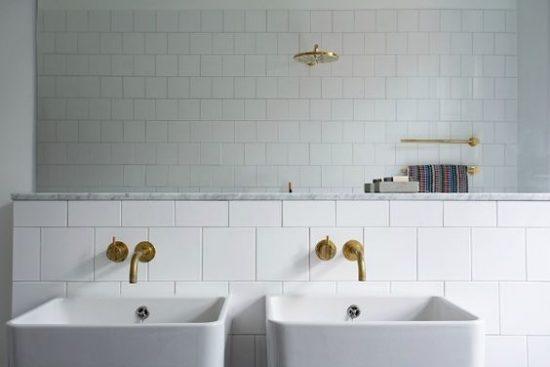 Gouden kraan in de badkamer wooninspiratie for Badkamer kraan