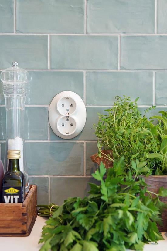 Groene tegels in de keuken wooninspiratie - Keuken wit en groen ...