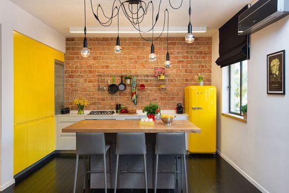 Gele Keuken 6 : Verkocht gele lis wc puttershoek funda