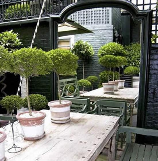 Hoe richt je een kleine tuin het beste in wooninspiratie for Tuin inrichten planten
