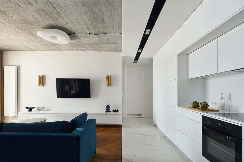 houten vloer marmeren tegels woonkamer keuken