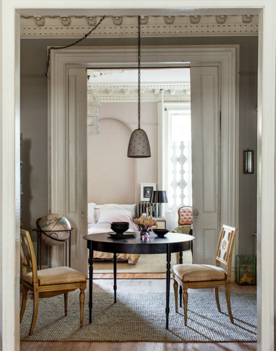 Huis inrichting van hilary robertson wooninspiratie - The apartment in the garage a splendid parisian transformation ...