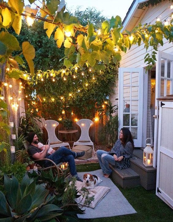 Intieme kleine tuin