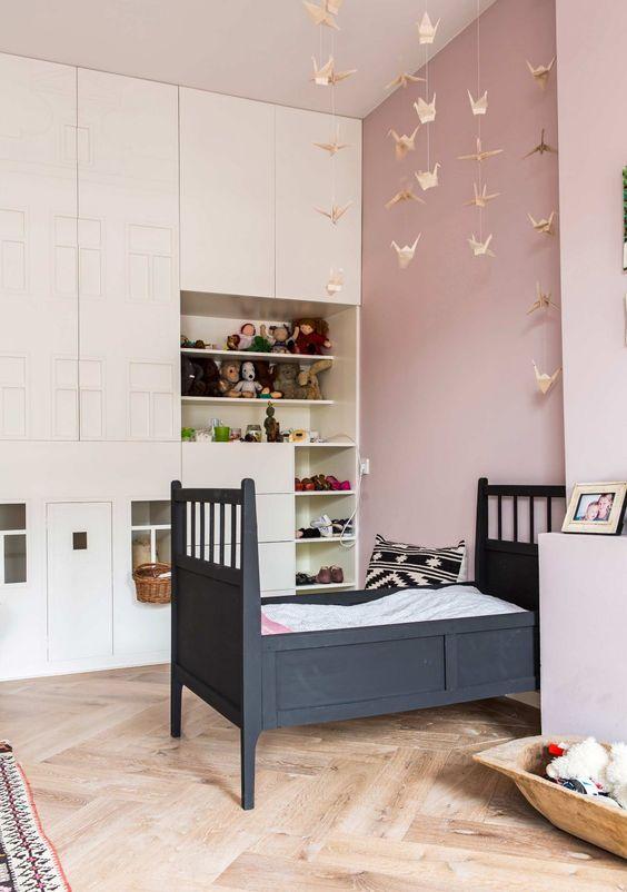 Kinderkamer met subtiele meisjes details