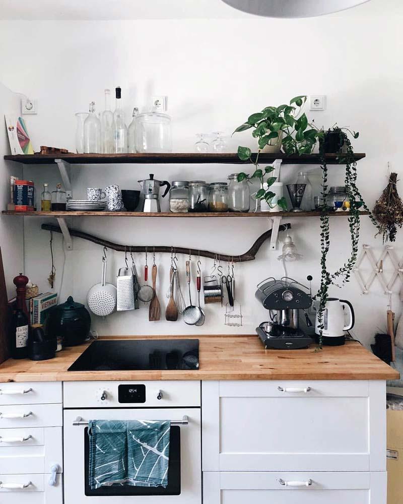 kleine keuken tips opbergruimte keuken achterwand