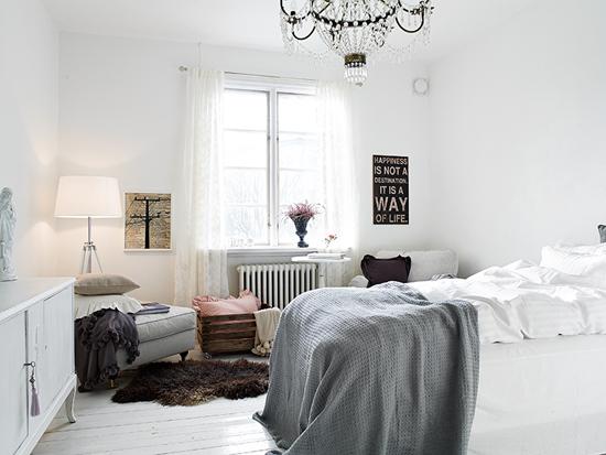 Romantische slaapkamer met veel licht