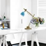 Lichte werkplek in huis