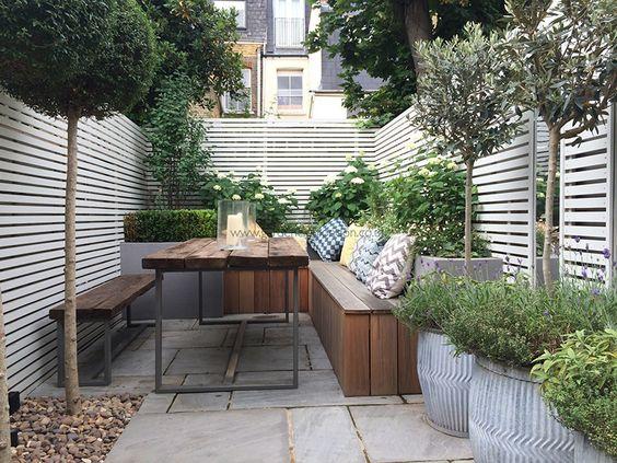 loungehoek-kleine-tuin