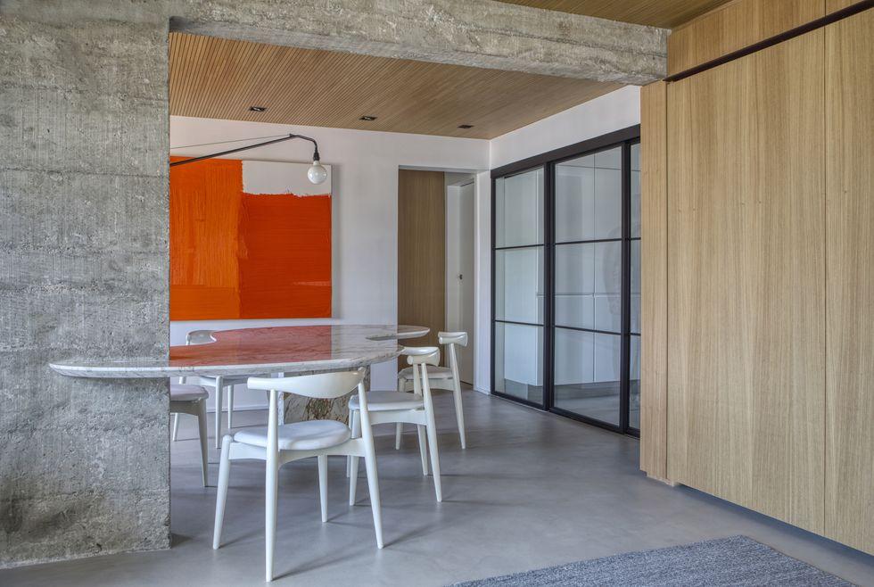 luxe appartement glazen deuren keuken