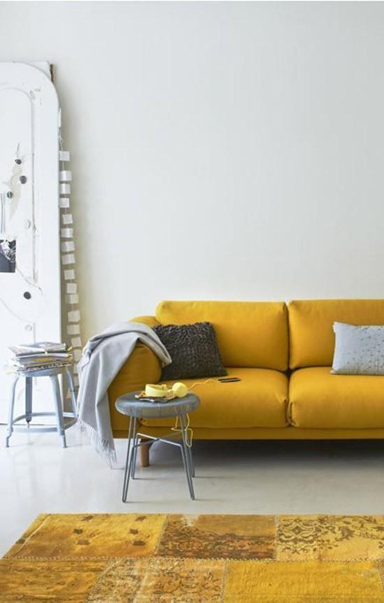 Oker Gele Details In Huis Woonkamer | Wooninspiratie