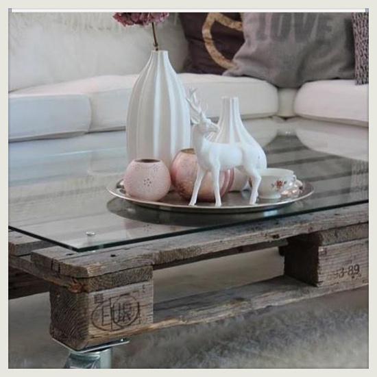 Zelfgemaakte pallet tafel