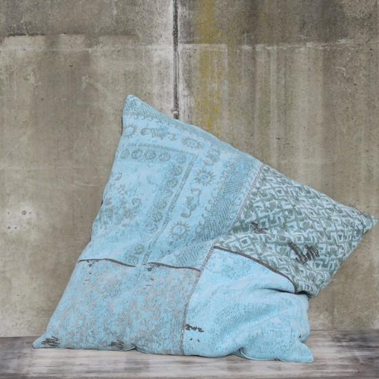 patchwork-leefkussen-byboo-turquoise