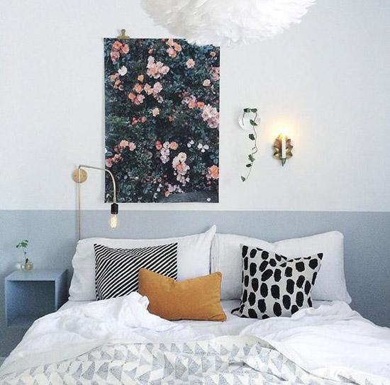Poster boven het bed