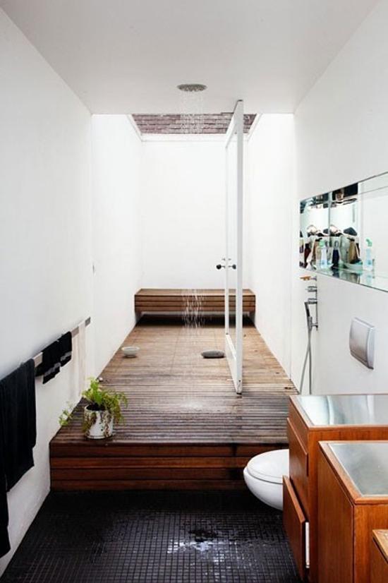 Regendouche in de badkamer