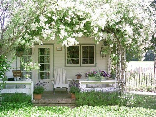 Romantische tuin idee n wooninspiratie for Stile bungalow americano