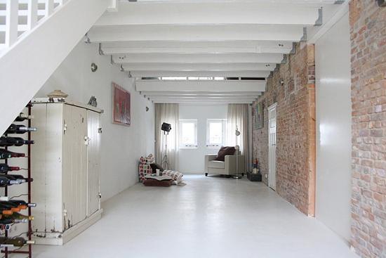 Renovatie van een negentien-eeuwse huis van Stella Verbrugge en Joeri Zwoll in Rotterdam