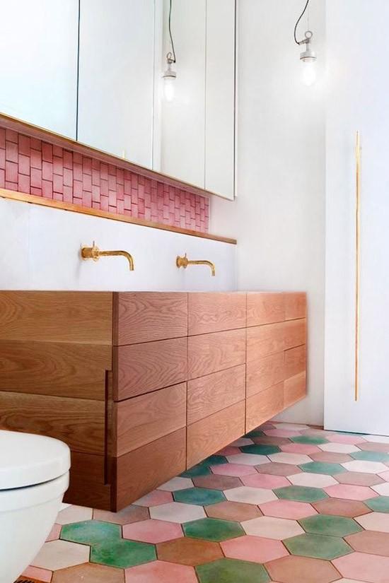 Roze badkamer tegels | Wooninspiratie