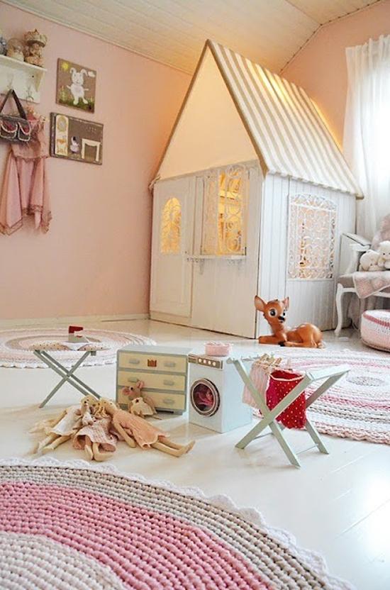 Roze kinderkamer wooninspiratie - Kleine kinderkamer ...