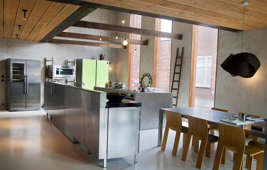 Een schitterende industriële keuken in amsterdam gerealiseerd