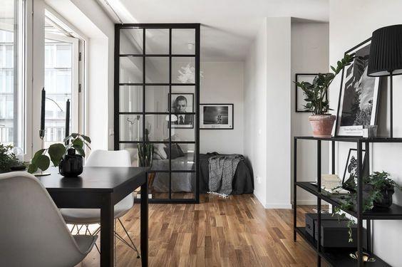 10x Mooie Gordijnen : Slaapkamer met glazen wand en stalen kozijnen wooninspiratie