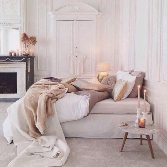 Slaapkamer met zachte kleuren