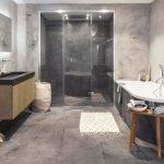 Stoere moderne betonstuc badkamer