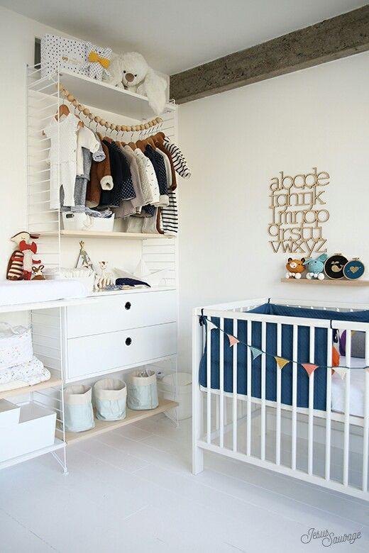string pocket kast voor de kinderkamer wooninspiratie. Black Bedroom Furniture Sets. Home Design Ideas