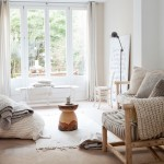 Lichte huisinrichting van eigenaar Sukha in Amsterdam