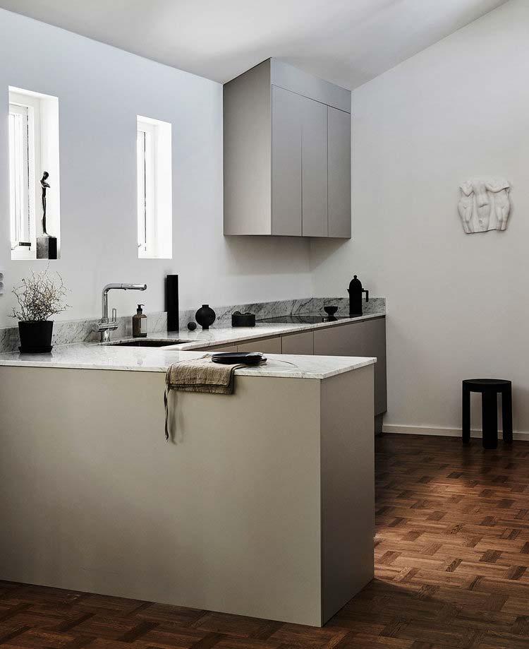 taupe keuken marmeren werkblad