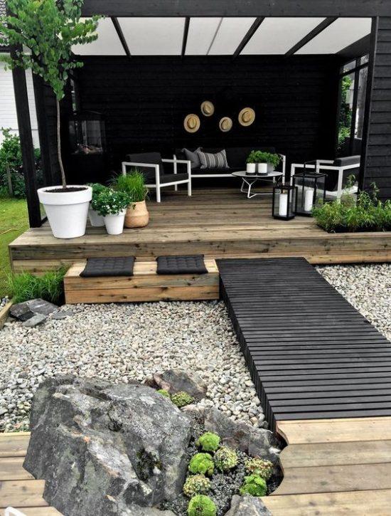 tuin-indeling-grof-grind-en-hout