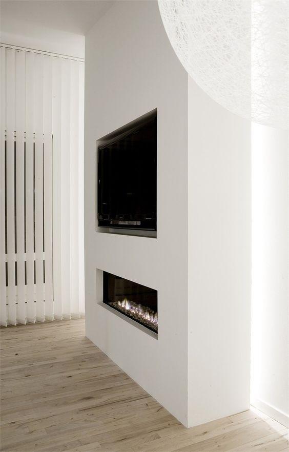 TV in de muur